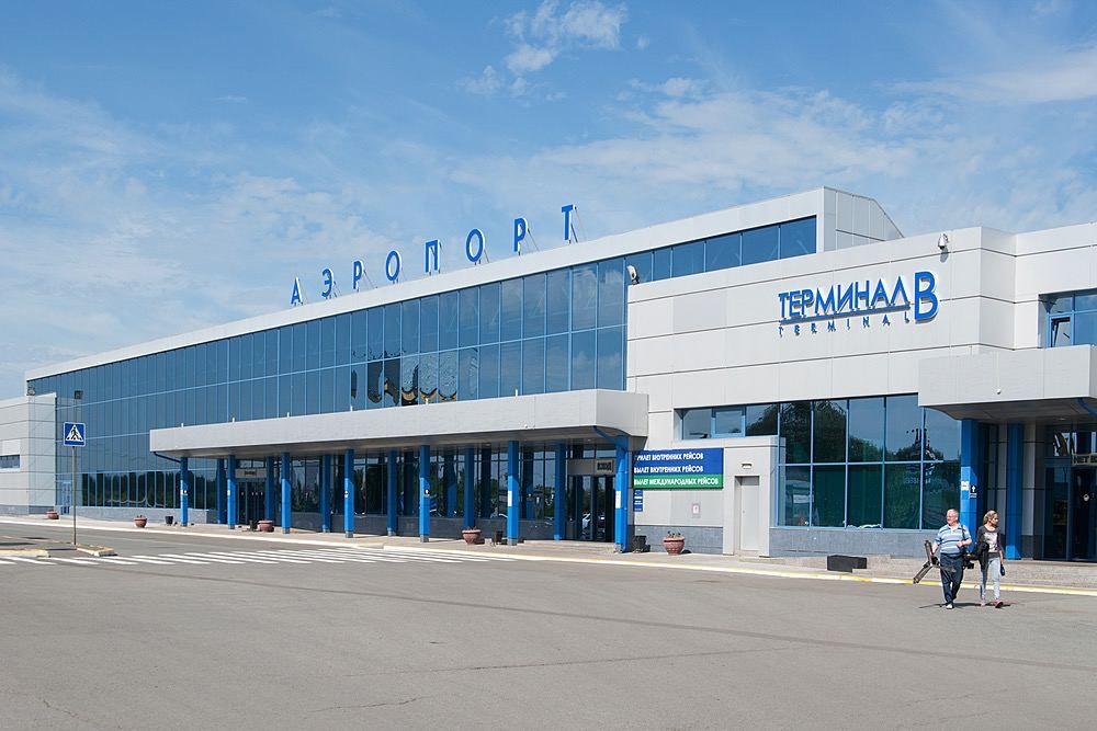 Камера хранения в аэропорту Омска